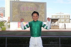 200101 2020年川崎競馬初日騎手お出迎え-20