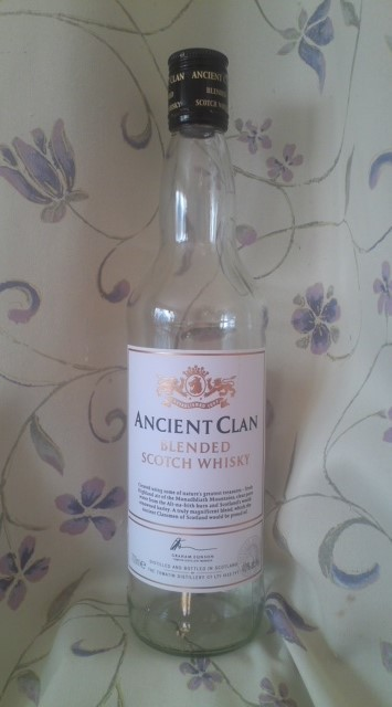 ANCIEN CLAN BLENDED SCOTCH WHISKY(エンシェント・クラン)