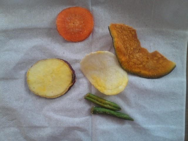 モミの木「野菜チップス」