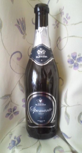 ROCCA GLORIOSA Vino Spumante BRUT(ロッカ・グロリオサ・ヴィーノ・スプマンテ・ブリュット)