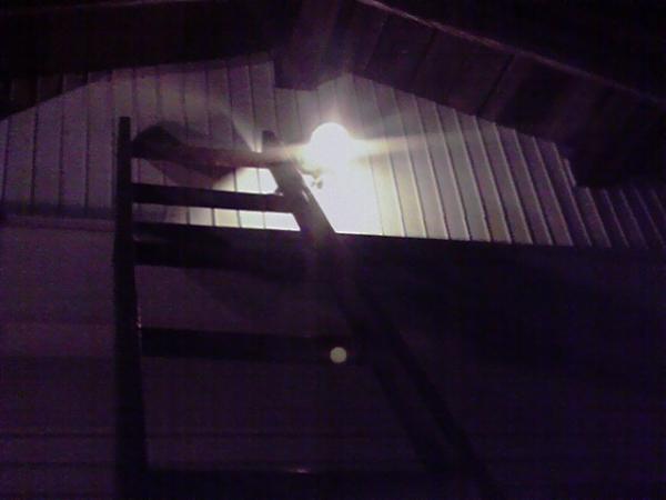 消防小屋 電球交換4