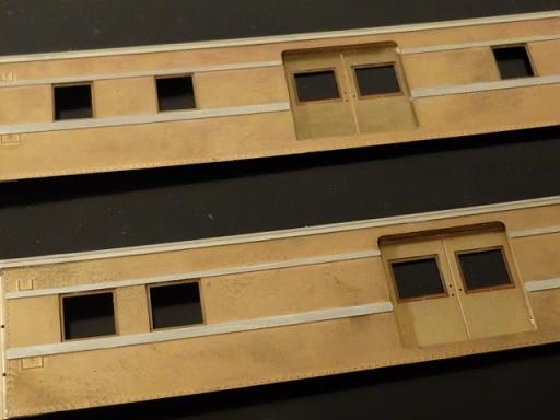 窓枠はめた表面1
