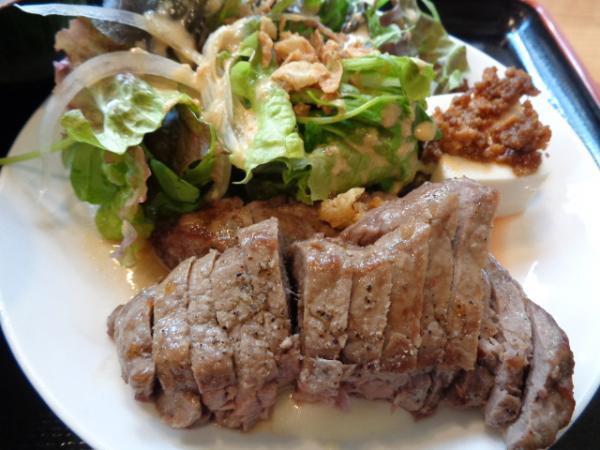 1/25 ブルーキッチン・牛サーロインサービスステーキ