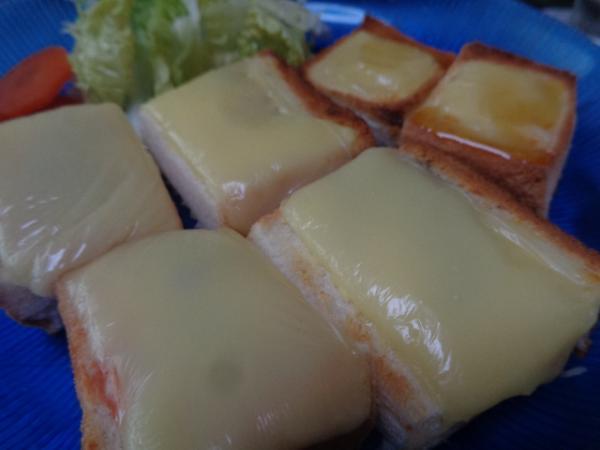2/19 家食・チーズのオープントースト