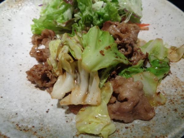 2/26 てんてん・牛肉とジャベツのコガシバター醤油炒