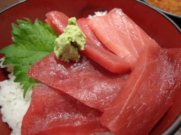 4/14 豪快立ち寿司・マグロ丼