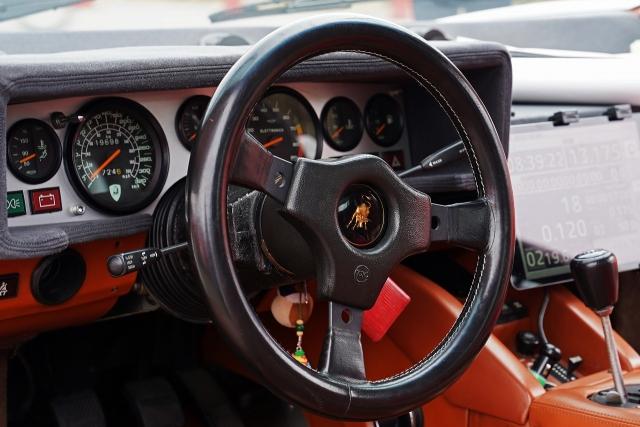 191207クラッシックカー内部6