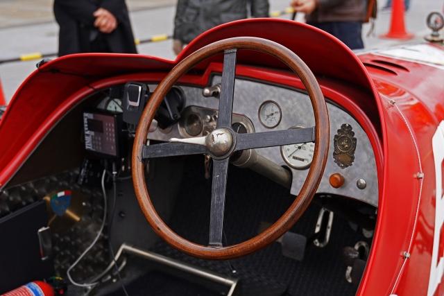 191207クラッシックカー内部7
