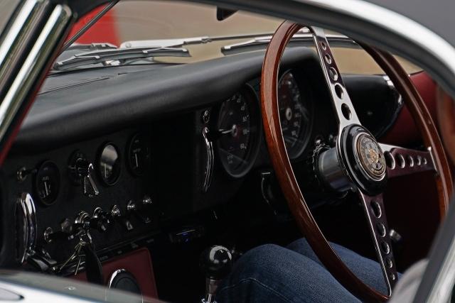 191207クラッシックカー内部8