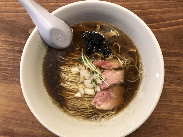 福岡煮干しラーメンnibora@渡辺通り