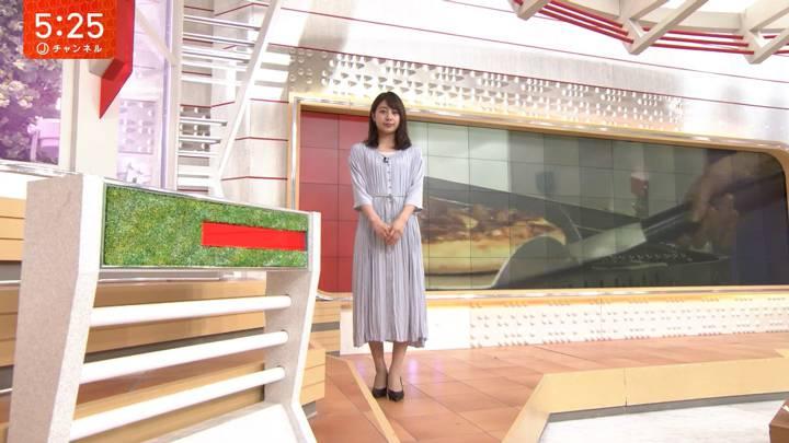 2020年03月12日林美沙希の画像04枚目