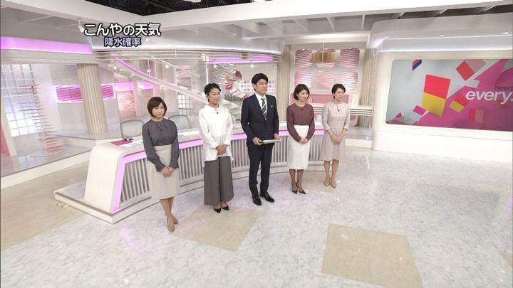 2019年12月20日市來玲奈の画像01枚目