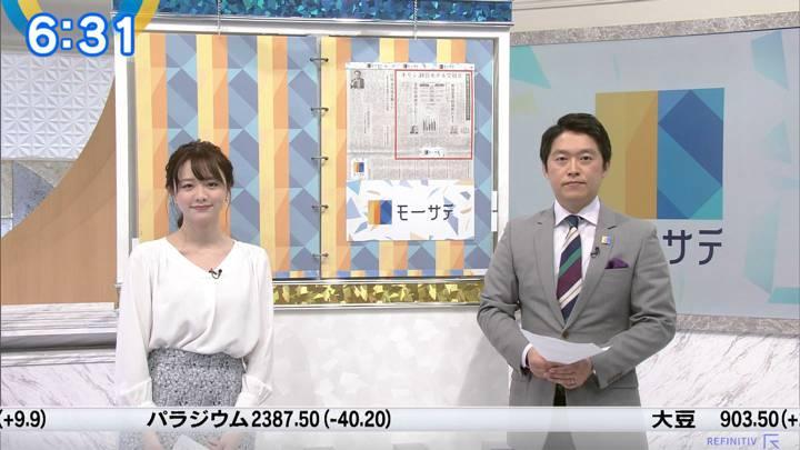 2020年03月04日森香澄の画像10枚目