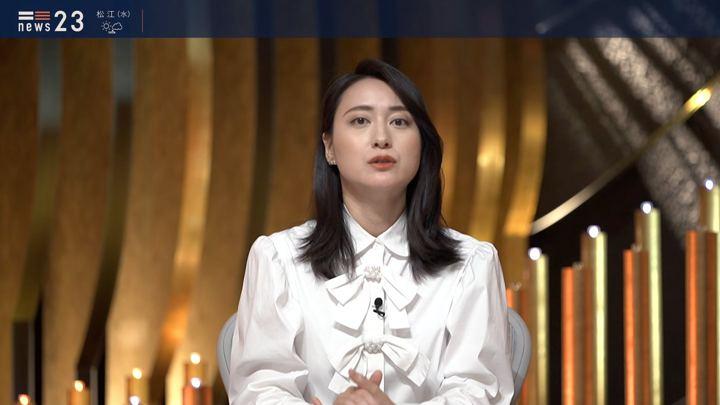 2019年12月24日小川彩佳の画像07枚目