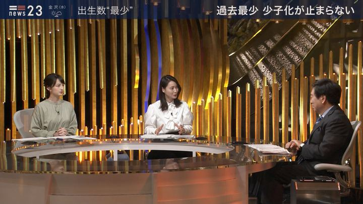 2019年12月24日小川彩佳の画像09枚目