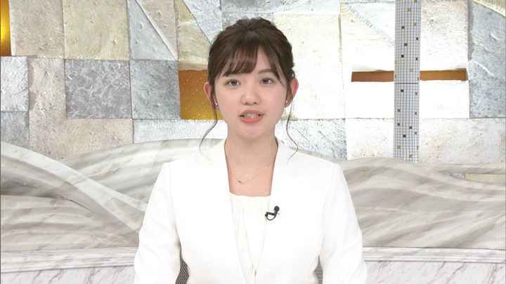 2019年12月14日田中瞳の画像14枚目