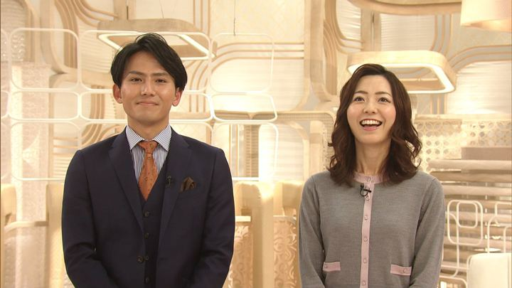 2019年12月27日内田嶺衣奈の画像14枚目