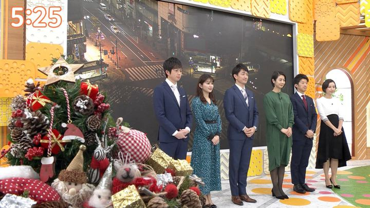 2019年12月24日山本里菜の画像01枚目