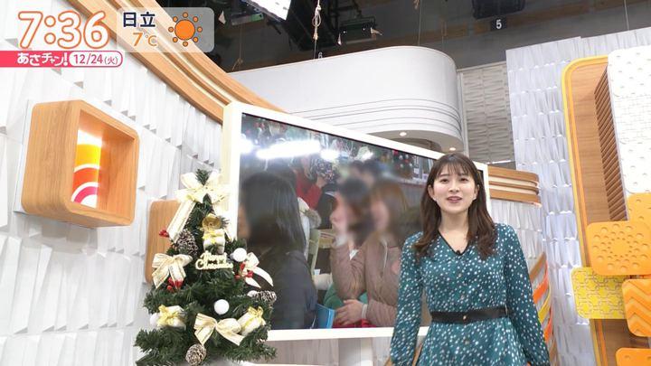 2019年12月24日山本里菜の画像12枚目