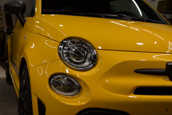 2002abarth595yellow07.jpg