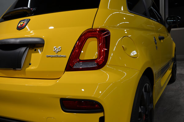 2002abarth595yellow11.jpg