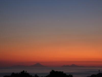 191101-43=夕焼けと一番星 avc トカラ列島fm庵前庭