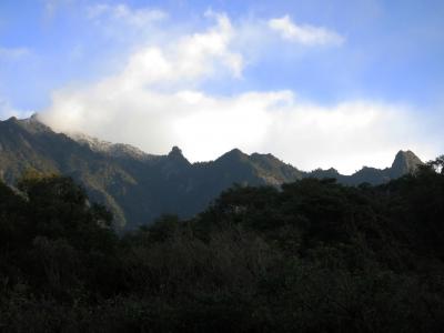 200131-12=初冠雪のモ岳連峰fm庵奥の細道