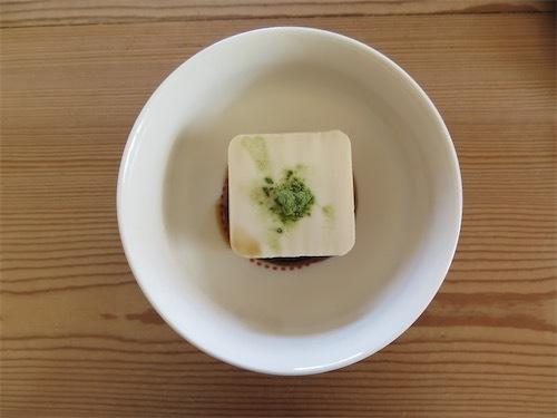 豆腐にモリンガパウダーIMG_6476