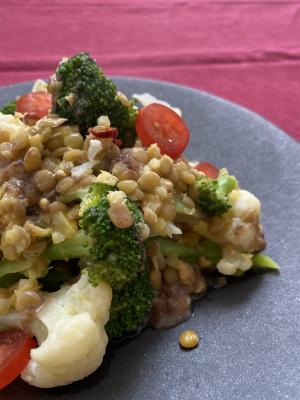 レンズ豆と冬野菜のホットサラダ
