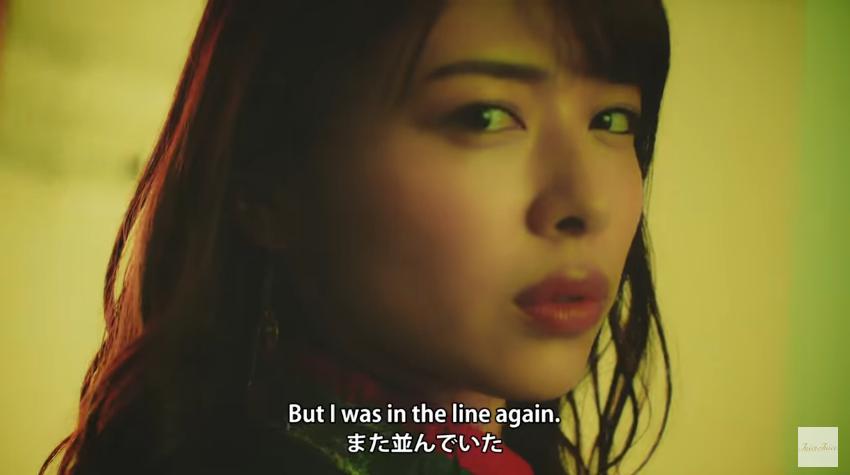 金澤朋子『黄色い線の内側で並んでお待ちください』MV06