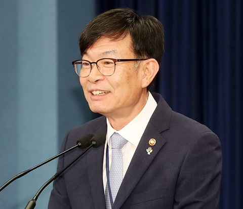 金尚祚(キム・サンジョ)政策室長