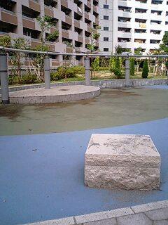 この川口市の「チャイナ団地」(芝園団地)を2012年頃に、有志が現地視察した。