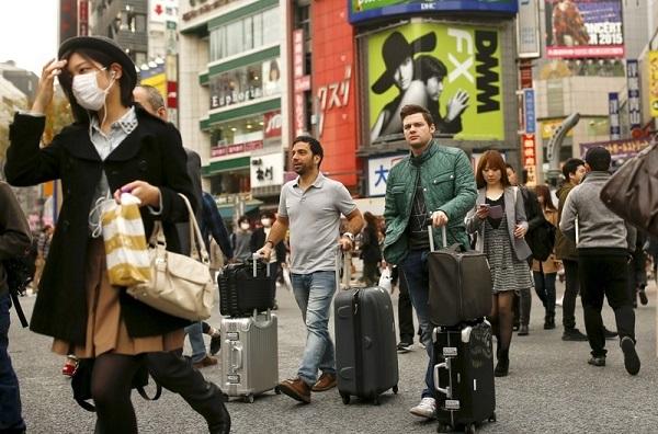 9月訪日外国人5.2%増、2カ月ぶりプラス 韓国58%に減少幅拡大