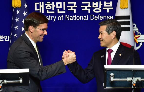 20191117在韓米軍、年明けにも撤収か!エスパー長官「年末までに韓国の分担金5倍増が極めて重要」→拒否か