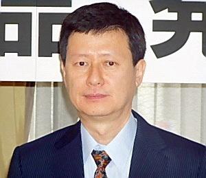 2015年1月8日、辛格浩(重光武雄)の長男の辛東主(重光宏之)ロッテグループ副会長(創業者の長男)は、日本の暴力団(朝鮮ヤクザ)に係る不正送金(マネーロンダリング)に大きく関与していたため経営陣から