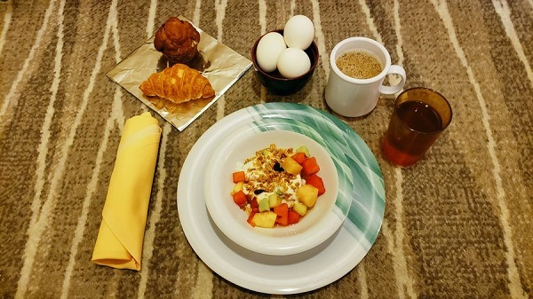 朝ごはん届きました。breakfast 07:46 #ダイヤモンドプリンセス #diamondprincess