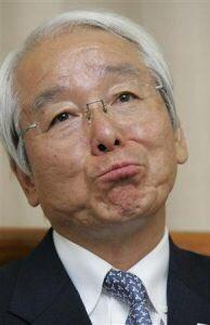 兵庫県知事井戸敏三の度重なる愚かな政策は有名ですよね。