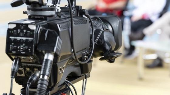 20200114テレビ局「最近はヤラセがばれても苦情が来ない」・「テレビはヤラセが当たり前」が周知・視聴率推移
