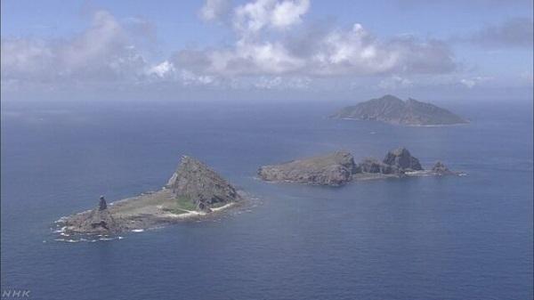尖閣沖の接続水域 中国海警局の船2隻が航行