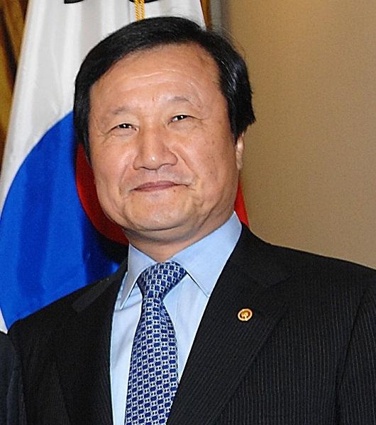 20200108文在寅「日本が輸出規制撤回なら両国関係は発展」・尹増鉉元企画財政相「金融危機がまた来れば」