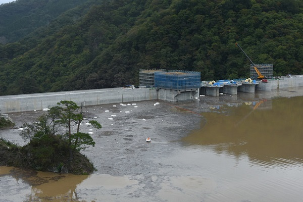 八ッ場ダムが台風19号で力発揮!台風19号で八ツ場ダムが一定の治水効果を発揮した!ほぼ満水となった
