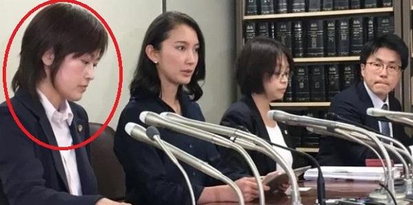 平成29年(2017年)5月26日に辻本清美と同じ民進党の有田芳生が「来週、この事件をめぐって新たな動きがある」と宣言したら、同月29日に実際に民進党直属の弁護士が同席して伊藤詩織が名前を顔を出して記者会