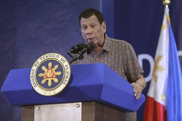 1月24日、★フィリピン政府は、武漢から来た支那人464人全員を追い返す!