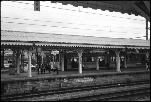 旧奈良駅ホーム