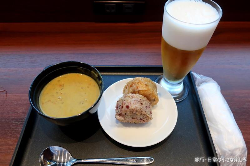 伊丹空港 ダイヤモンドプレミアラウンジ 朝食