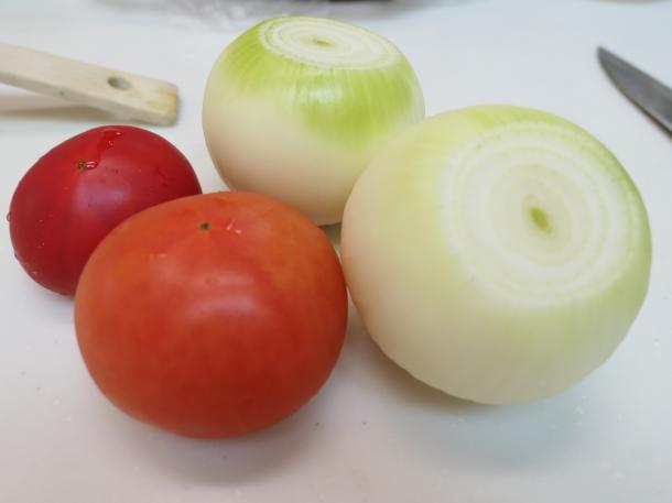 たまねぎとトマト