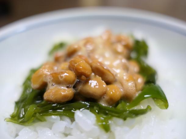 めかぶ納豆ごはん