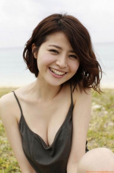 s_chinami_244s.jpg