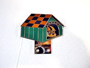 grill muffドックハウスグリルバッジ-006