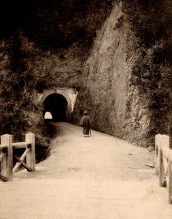 一ノ坂隧道01
